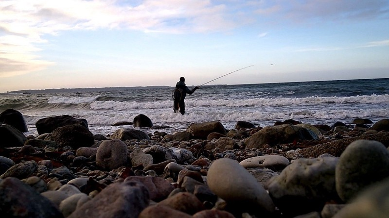 Lure fishing in the waves