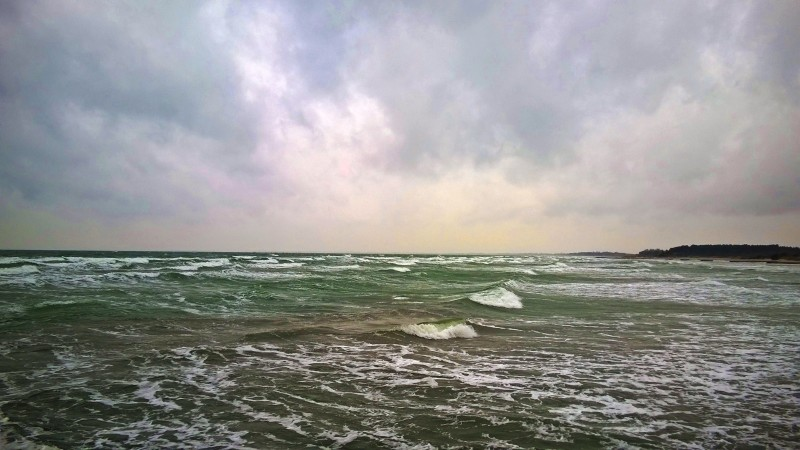 Picture from the south coast of Møn in heavy southern winds.